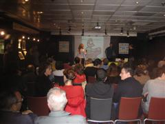 Presentación Interneteo y Apatuquies en la Fnacc